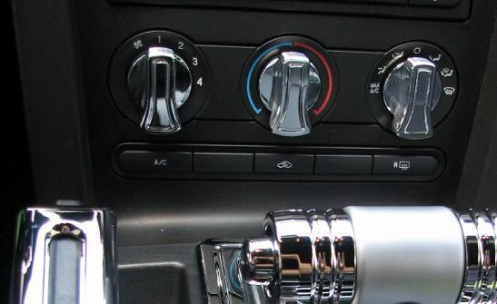 05-09 Mustang Billet A/C Knob Covers - Chrome