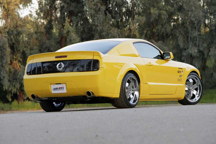 05-09 Mustang XENON - Rear Replacement full Bumper - V6 & GT (Urethane)