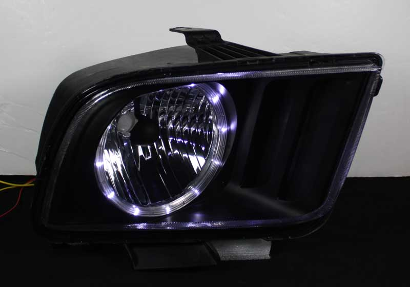 05-09 Mustang Headlights GEN 3 - w/Halo LED - BLACK (Pair)