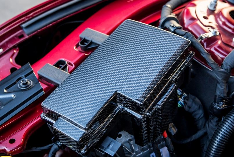 2015-Up Mustang Carbon Fiber LG241 Fuse Box Cover (ECO/V6/GT)