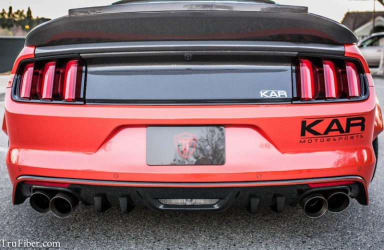 2015-17 Mustang Carbon Fiber LG269 Rear Diffuser Cover (FITS PREMIUM ONLY GT/V6)