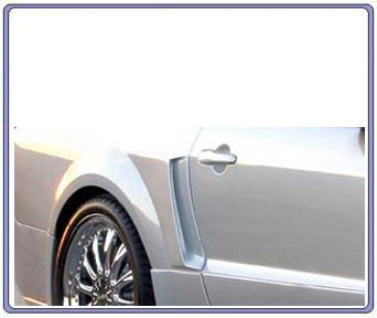 05-09 Mustang Xenon Lower Side Door Scoops - Urethane