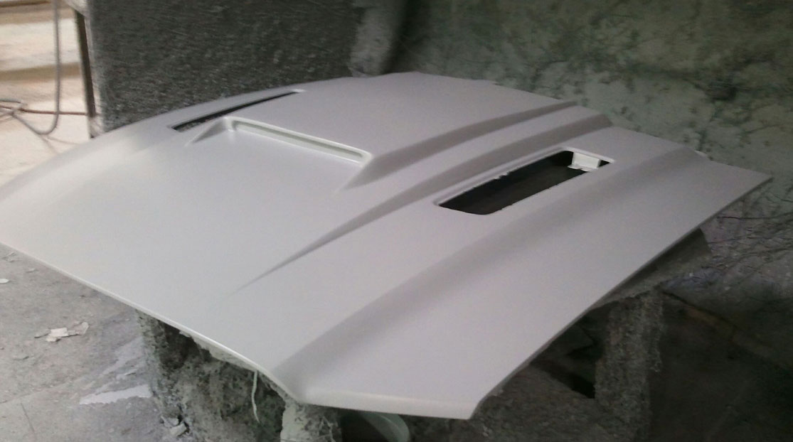 2010-2014 GT500 (2013-14 GT/V6) Supercharged style Mongoose Hood - Fiberglass