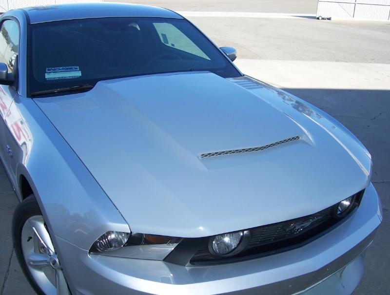2010-2012 GT/V6 (NOT 10-12GT500) Mustang RK Sports Ram Air Hood (GT & V6)