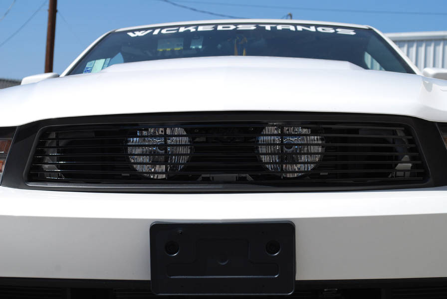 2010-12 Mustang GT Hidden Fog Light Billet Grille - Black