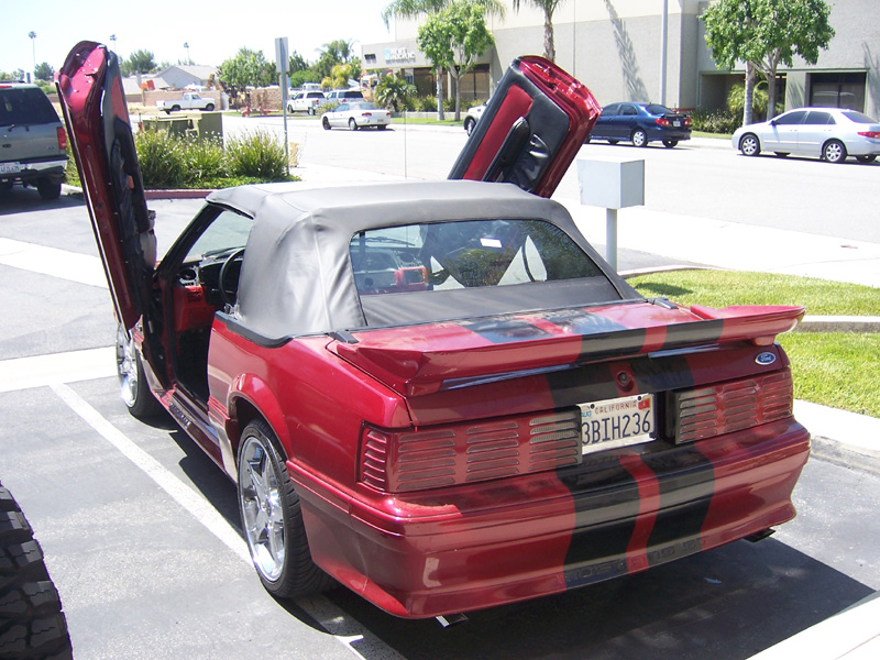 1979-1993 Mustang VERTICAL DOOR KIT system (Bolt on kit requires modifying)