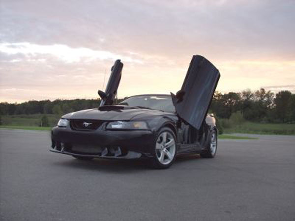 1994-1998 COMBO Mustang Vertical Door Kit+ Z3 Fenders